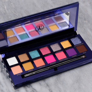 NEW! Riviera Palette The next best selling Palette